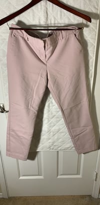 express. powder pink crop pants. 8R 41 km