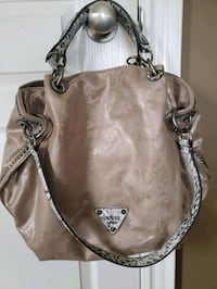 New with tag large guess purse London, N6E