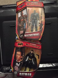 Batman and Deathstroke figures Moreno Valley, 92555