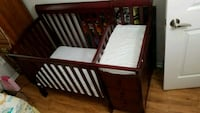 Crib and changing table Fairfax, 22033