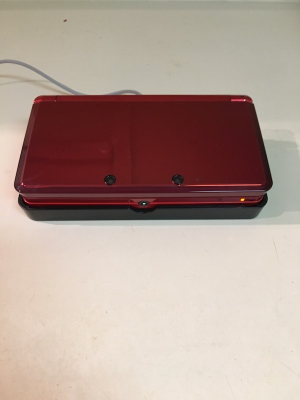 Nintendo 3DS with charging port
