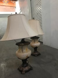white and brown table lamp Reno, 89509
