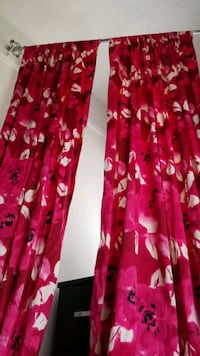 Floral curtain (2 panels)