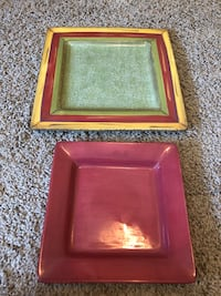 2 Square Dishes that can be used separately or stacked Baton Rouge, 70809