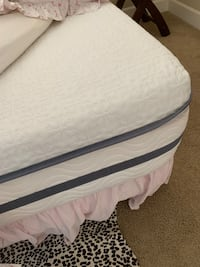 Queen bed frame with amazing almost new mattress (plus 2 side tables and lamps included) Irvine, 92612