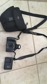 Canon PowerShot sx40hs with case, charger and 32GB memory Vaughan, L4J 8E2