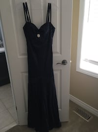 Lady's size small Guelph, N1E 0E2