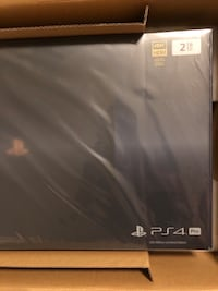 PlayStation 4 Pro 2TB Limited Edition Augusta