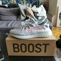 Yeezy Boost 350 - Blue Tint Size 9.5 & 10