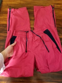 Pink colored xs sweatpants with pockets