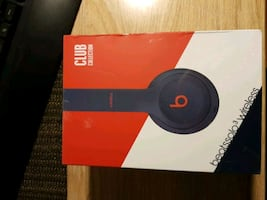 Beats Solo 3 Wireless Clup Collection