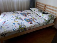 Queen size bed Singapore, 425583