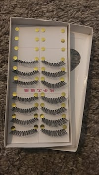 black false eyelashes set with box Elk Grove, 95758