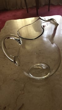 Clear glass pitcher Catonsville, 21228