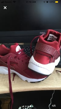 Huaraches shoes Hamilton, L8P 1N5