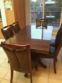 Granite kitchen with 6 chairs Mississauga, L4Z 2J9