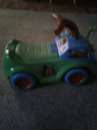 green and blue plastic ride on toy car Monticello, 42633