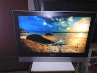 Panasonic 32 in flate screen LCD tv East Los Angeles, 90022