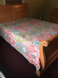 white, pink, and green floral bed sheet North Brunswick, 08902