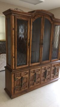 brown wooden framed glass display cabinet Gaithersburg, 20877