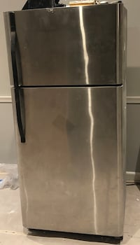 Stainless steel refrigerator with top freezer for sale.  Must pick up yourself Washington, 20017