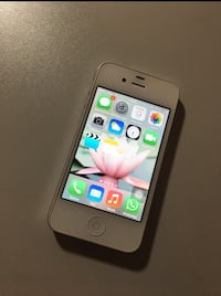 I phone 4 16 gb iOS 7 in weiß  6394 km