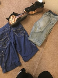 two blue denim jeans and blue denim shorts Saint Louis, 63138