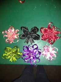 four pink and white flower decors Ontario, 91764