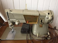 Old Singer Sewing Machine with Table Toronto