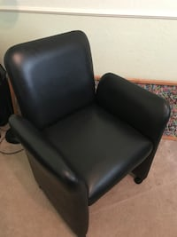 5 Black leather padded sofa chair Missouri City, 77459