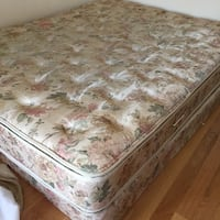 Queen size mattress with box very good condition