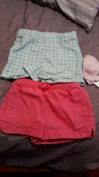 Shorts 6-9m both used Jersey City, 07306