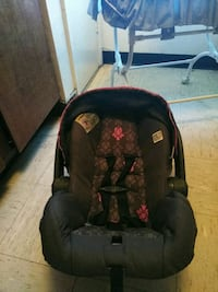baby's black and red car seat Waco, 76704