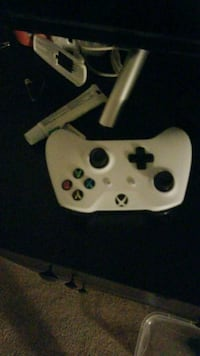 white and black Xbox 360 controller Philadelphia, 19153