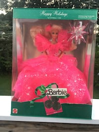 pink and white Barbie doll Allentown, 18104