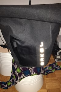 Arkel Pannier Orca 25 front and rear waterproof bag.  Toronto, M1G 1P7