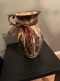 Vase for sale Arlington, 22204