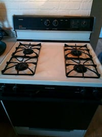 Self cleaning gas stove