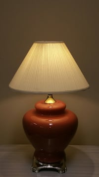 LARGE, LIGHTWEIGHT TABLE LAMP Arlington, 22204