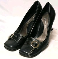 Brand new real leather dress pumps Minto, N0G 1M0