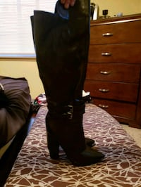 women's black leather knee high boots Marysville, 98271