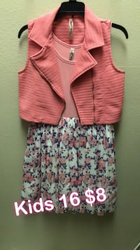 toddler's pink and white floral dress Bakersfield, 93311