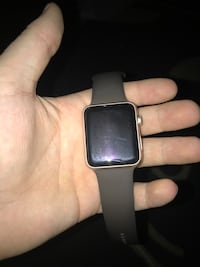 Apple watch series 1 42mm (comes with original box and charger) Winnipeg, R2N 3L8