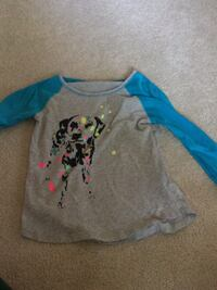 gray and blue dalmatian graphic scoop-neck raglan sweatshirt Virginia Beach, 23452
