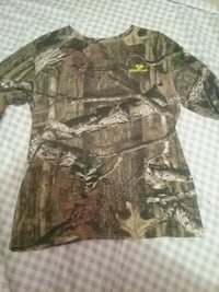 brown and black camouflage shirt Winchester, 22601