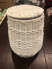 White wicker basket Arlington, 22206