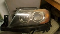 2006 - 2008 BMW 325xi, 330xi driver side headlights oem Toronto, M1P 3C2