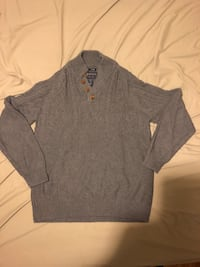 gray v-neck long-sleeved shirt Vaughan, L6A 1J2