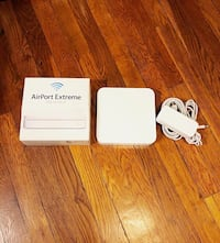 Apple Airport Extreme 802.11n Excellent condition only used once.  Washington, 20002