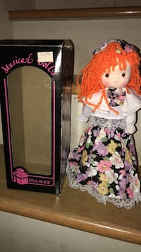 Vintage musical doll with box and tag!  191 mi